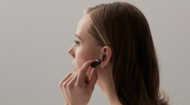 Sony's new smart earpiece that can talk to you